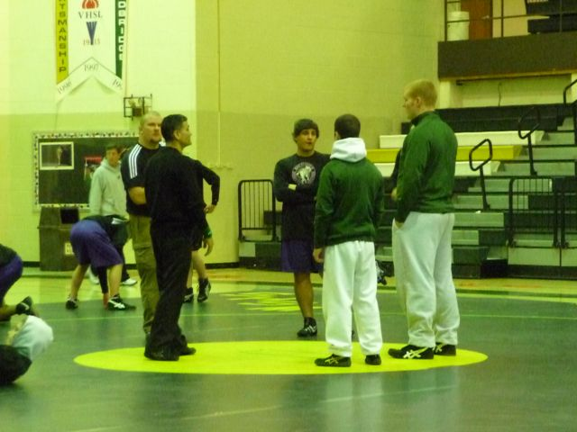 Wrestling: Battlefield 39, Woodbridge 32