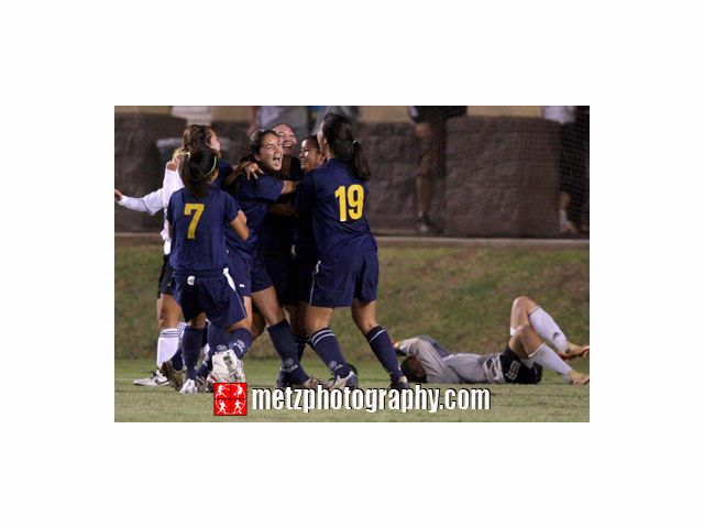 www.metzphotography.com Punahou defeated Mililani 4-3 PK 3-2. HHSAA Girls Soccer