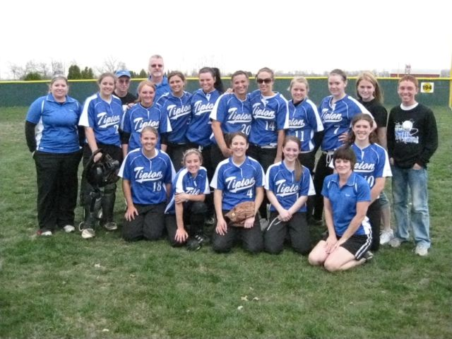Tipton varsity softball 2009